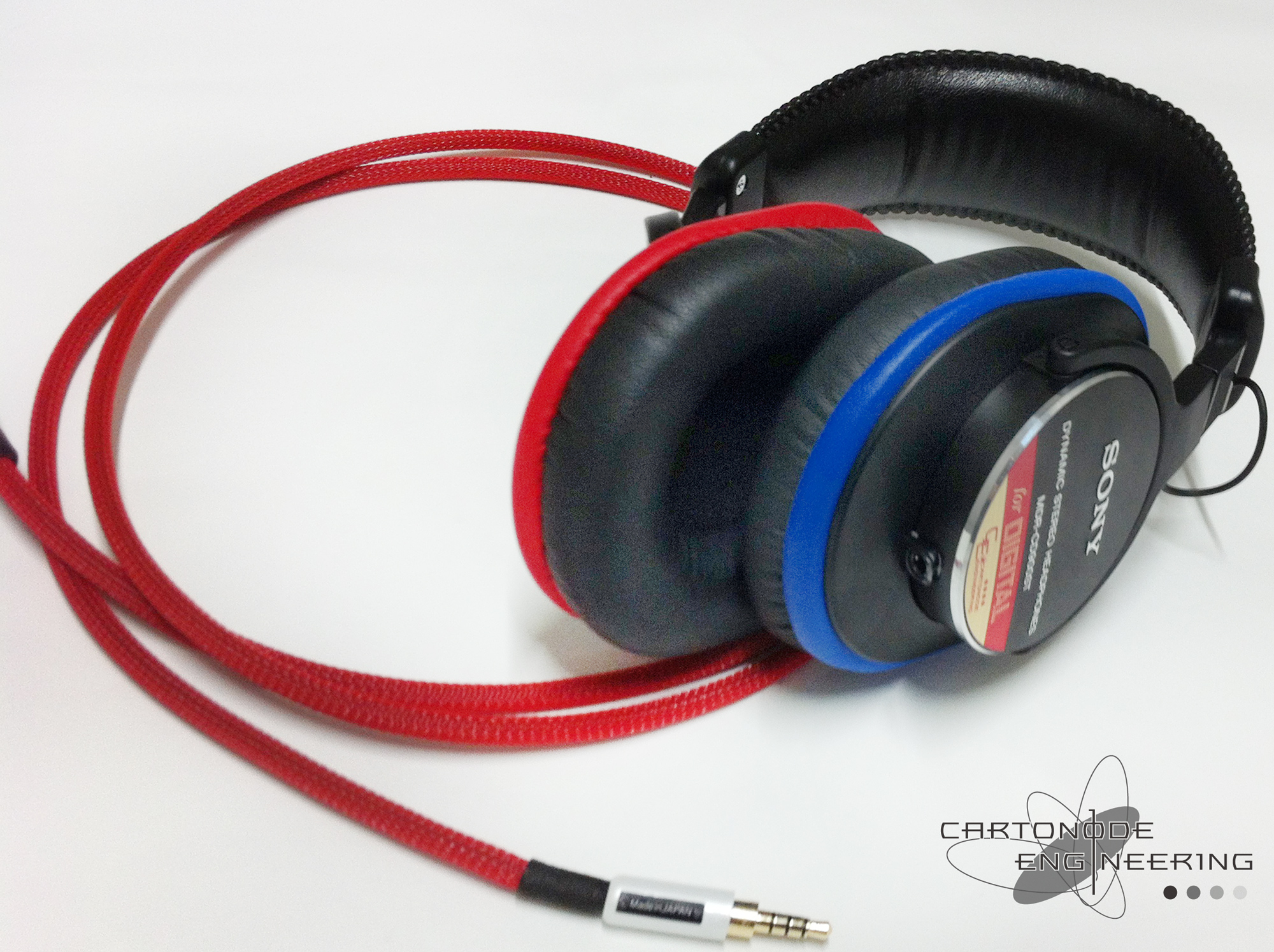 MDRCD900STMOD 4極脱着加工 メッシュケーブルRED